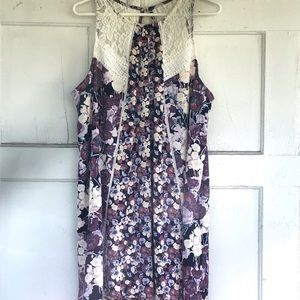 Sleevless floral dress